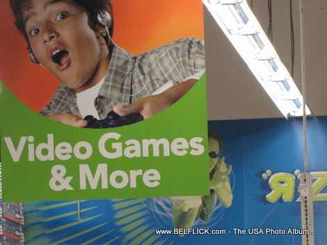 Toys R Us Toy Store 37