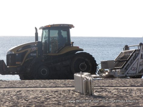 Beach Cleaning Fort Lauderdale Beach Florida